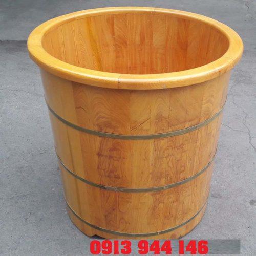 Bồn tắm tròn làm từ gỗ pơ mu Tâm Việt