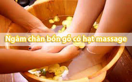 Hiệu quả và Hướng dẫn cách ngâm chân trong bồn gỗ có hạt massage