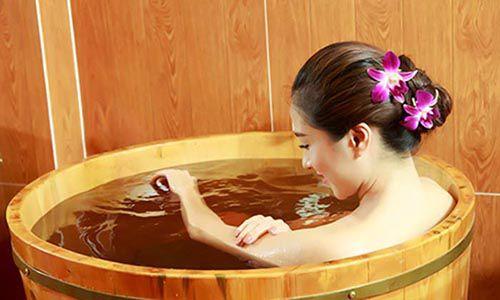Bồn tắm thuốc bắc đang là xu hướng HOT tại các Spa - Tâm Việt