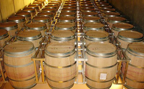 Mua bán thùng rượu gỗ cũ đang tràn lan trên thị trường làm khách hàng hoang mang - Tâm Việt