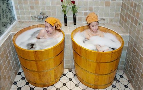Thùng tắm tròn chất lượng cao của CSSX Tâm Việt.jpg