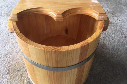 Ưu nhược điểm của thùng ngâm chân bằng gỗ