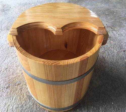 Ưu nhược điểm của thùng gỗ ngâm chân